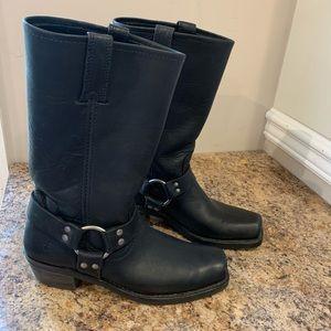 Frye Ladies Harness 12R boot